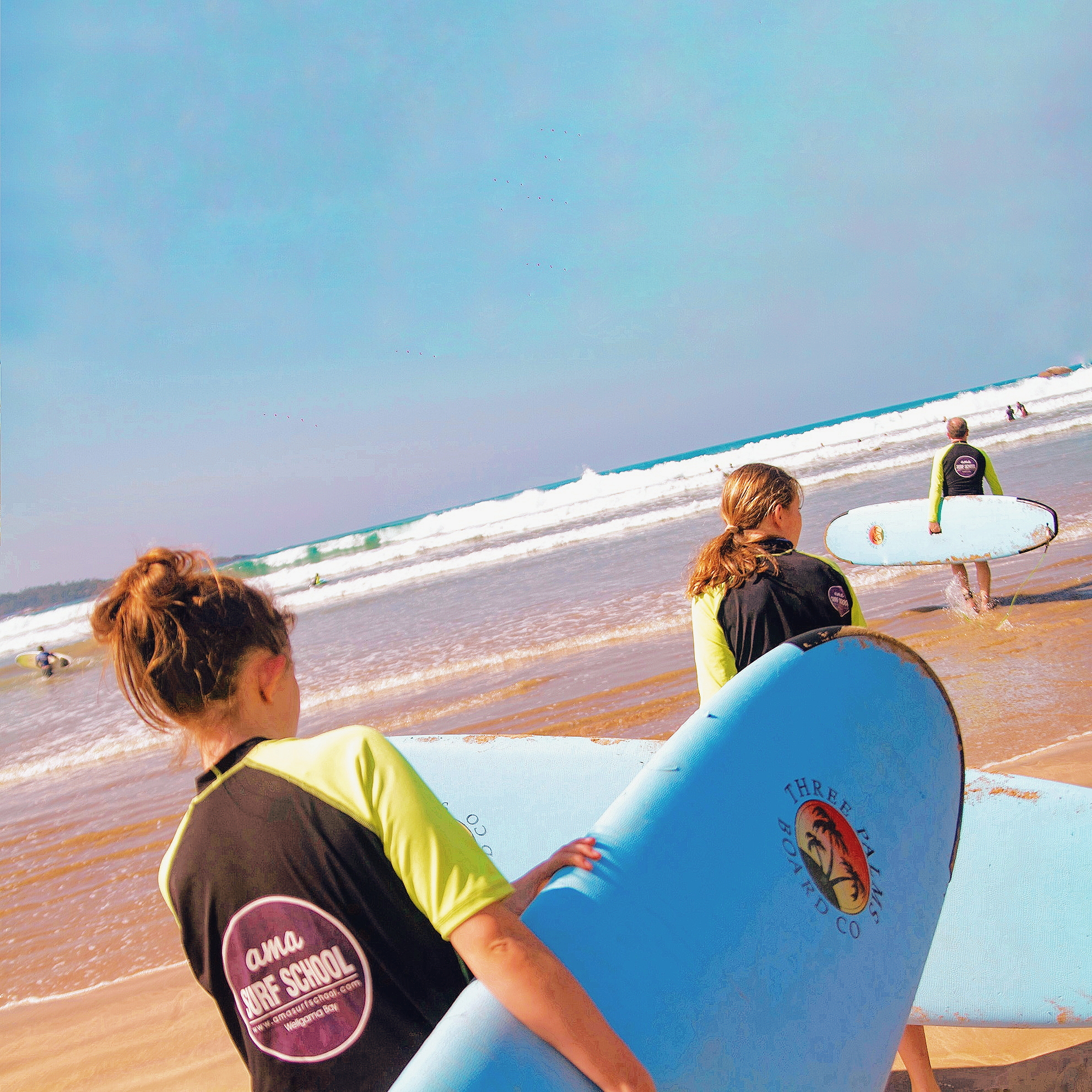 BEGINNER SURF LESSON