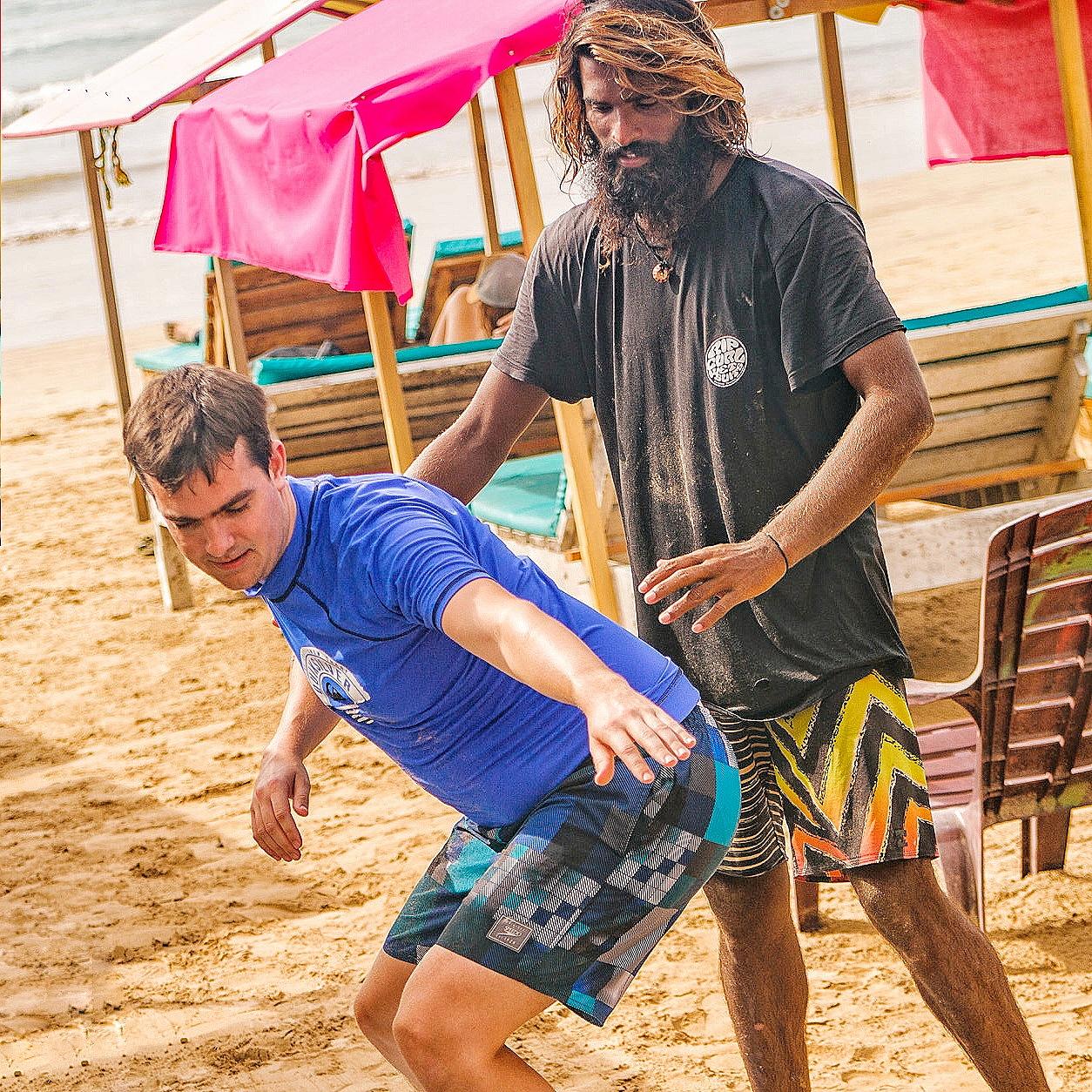 Private surf lesson in Sri Lanka