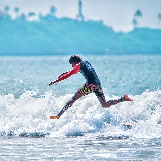 surfing Weligama