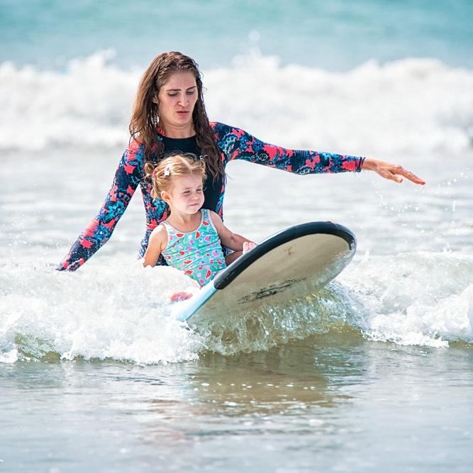 Children surf lesson Weligama